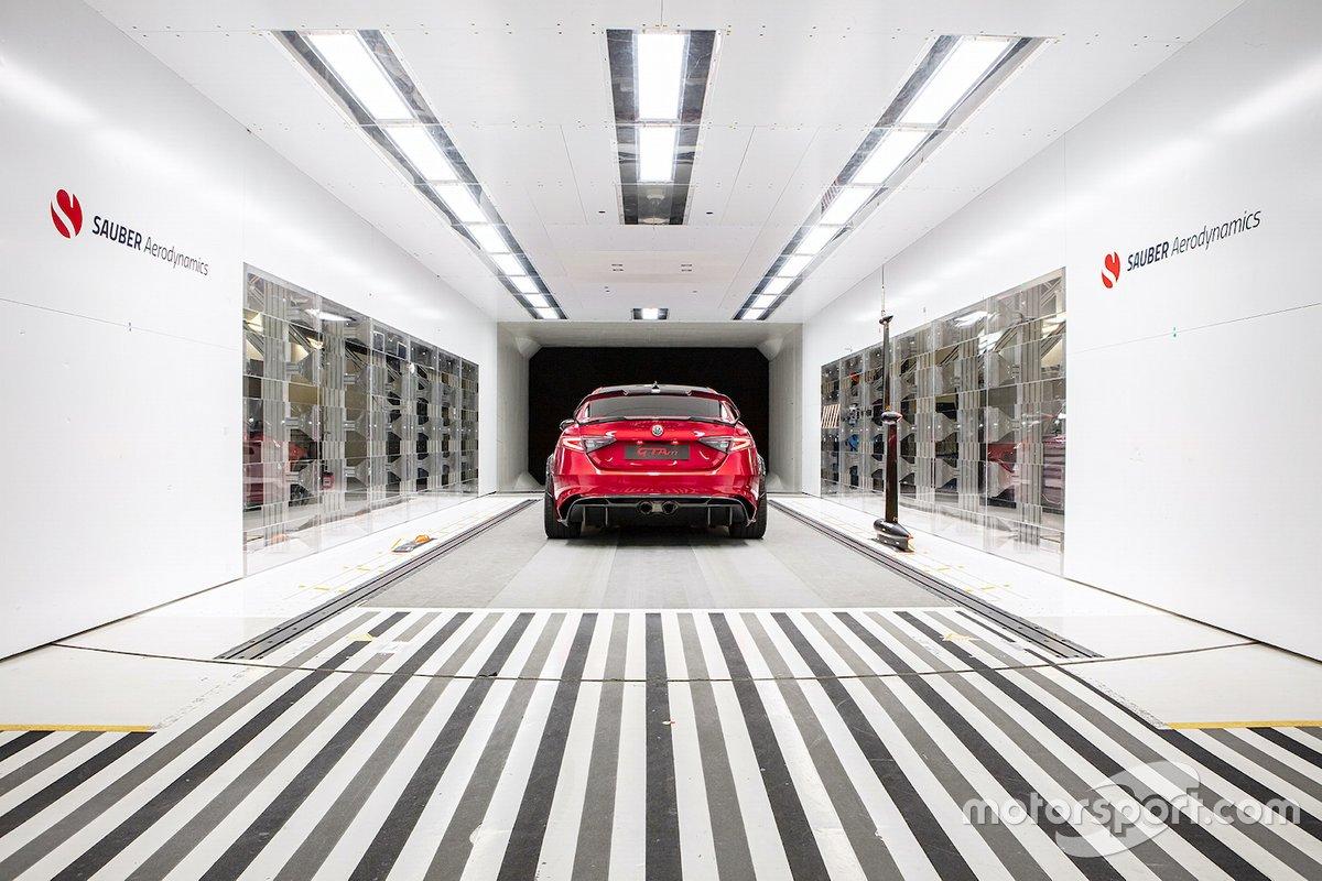 Alfa Romeo Giulia GTAm nella galleria del vento della Sauber