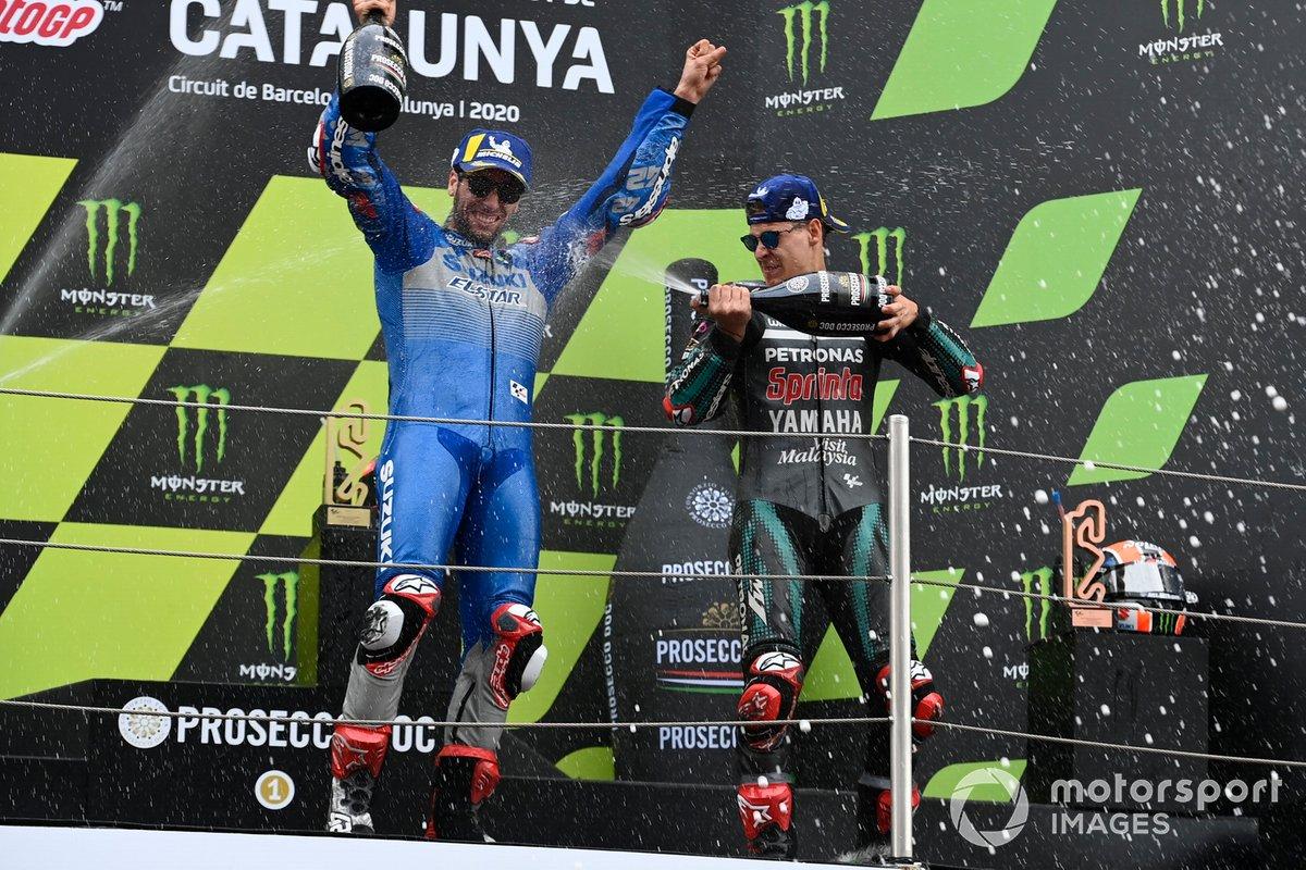 Podio: ganador Fabio Quartararo, Petronas Yamaha SRT, y tercer lugar Alex Rins, Team Suzuki MotoGP