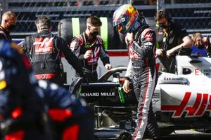 Romain Grosjean, Haas F1, on the grid