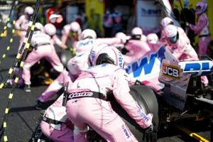 The Racing Point team practice their pit stop drills on race morning
