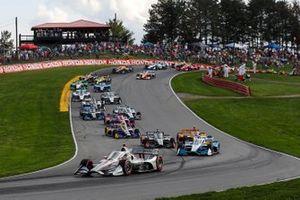 Will Power, Team Penske Chevrolet leads the field