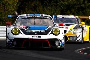 #19 KCMG Porsche 911 GT3 R: Dennis Olsen, Alexandre Imparatori, Josh Burdon, Edoardo Liberati