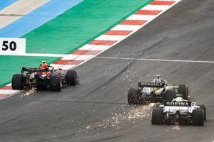 Alex Albon, Red Bull Racing RB16, Esteban Ocon, Renault F1 Team R.S.20, and George Russell, Williams FW43
