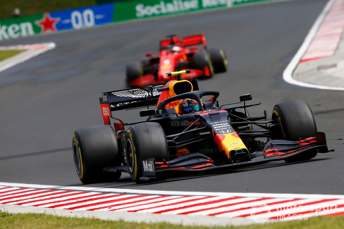 Alex Albon, Red Bull Racing RB16, Sebastian Vettel, Ferrari SF1000