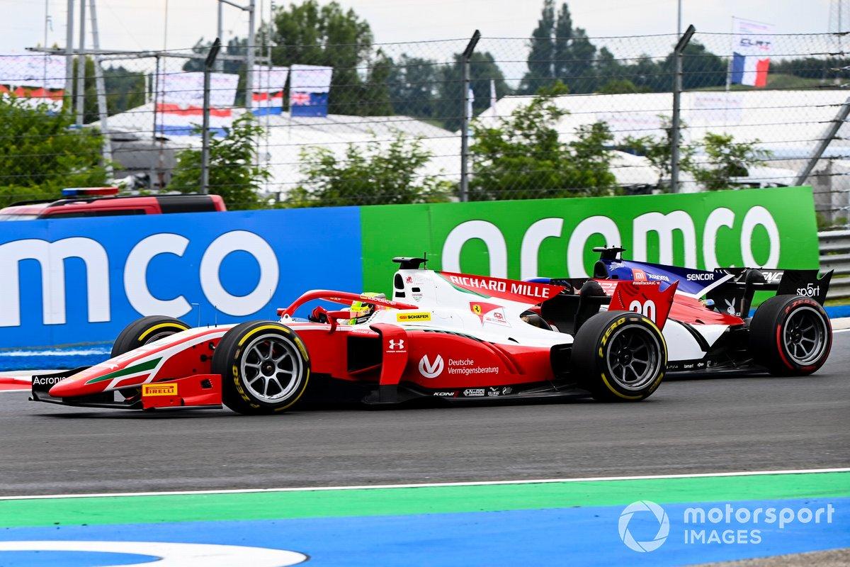 Louis Deletraz, Charouz Racing System y Mick Schumacher, Prema Racing