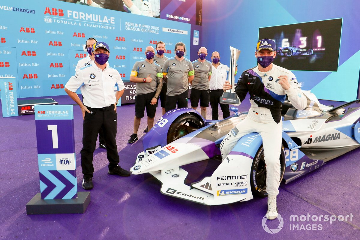 Roger Griffiths, Team Principal, BMW i Andretti Motorsport, Maximilian Gunther, BMW I Andretti Motorsports, primo classificato