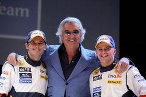 Giancarlo Fisichella, Flavio Briatore y Heikki Kovalainen, Renault