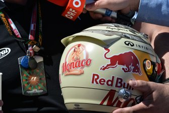 Casco de Sebastian Vettel, Red Bull Racing