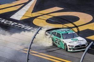 Austin Cindric, Team Penske, Ford Mustang vince la gara