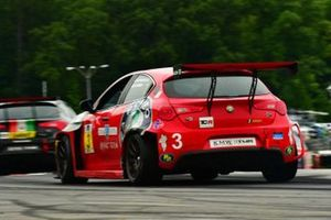 #3 KMW Motorsports with TMR Engineering, Alfa Romeo Giulietta TCR, Mark Kvamme, Alexandre Papadopulos