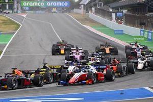 Robert Shwartzman, Prema Racing, Guanyu Zhou, UNI-VIRTUOSI and Louis Deletraz, CHAROUZ RACING SYSTEM