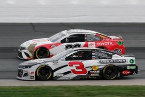 Austin Dillon, Richard Childress Racing, Freightliner Chevrolet Camaro, Erik Jones, Joe Gibbs Racing, Toyota Toyota Camry