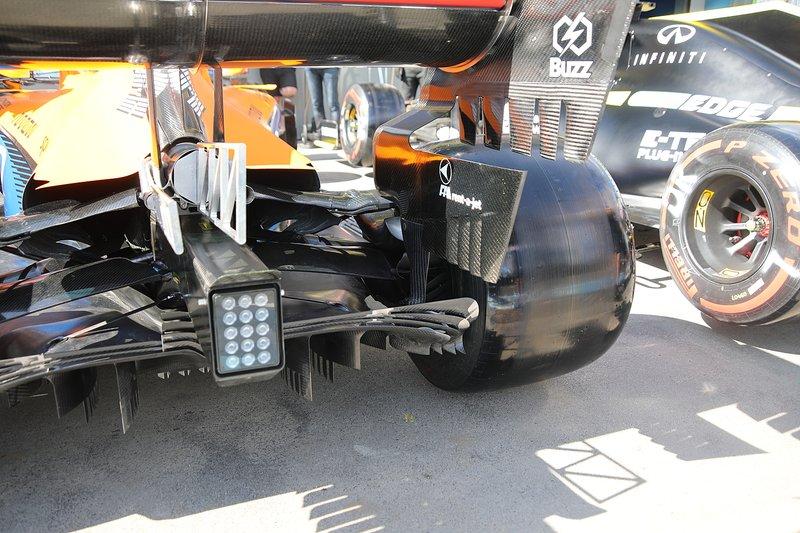 McLaren MCL35 difüzör detayı