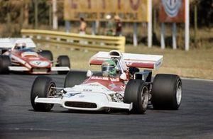 Reine Wisell, BRM P153 precede Clay Regazzoni, Ferrari 312B2, GP d'Argentina del 1972