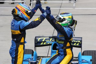 Second place Fernando Alonso, Renault and race winner Giancarlo Fisichella, Renault celebrate in Parc Ferme
