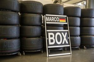 Tires with Marco Wittmann, BMW Team RMG pit board