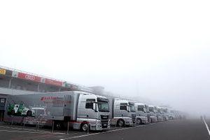 Renntransporter: Audi
