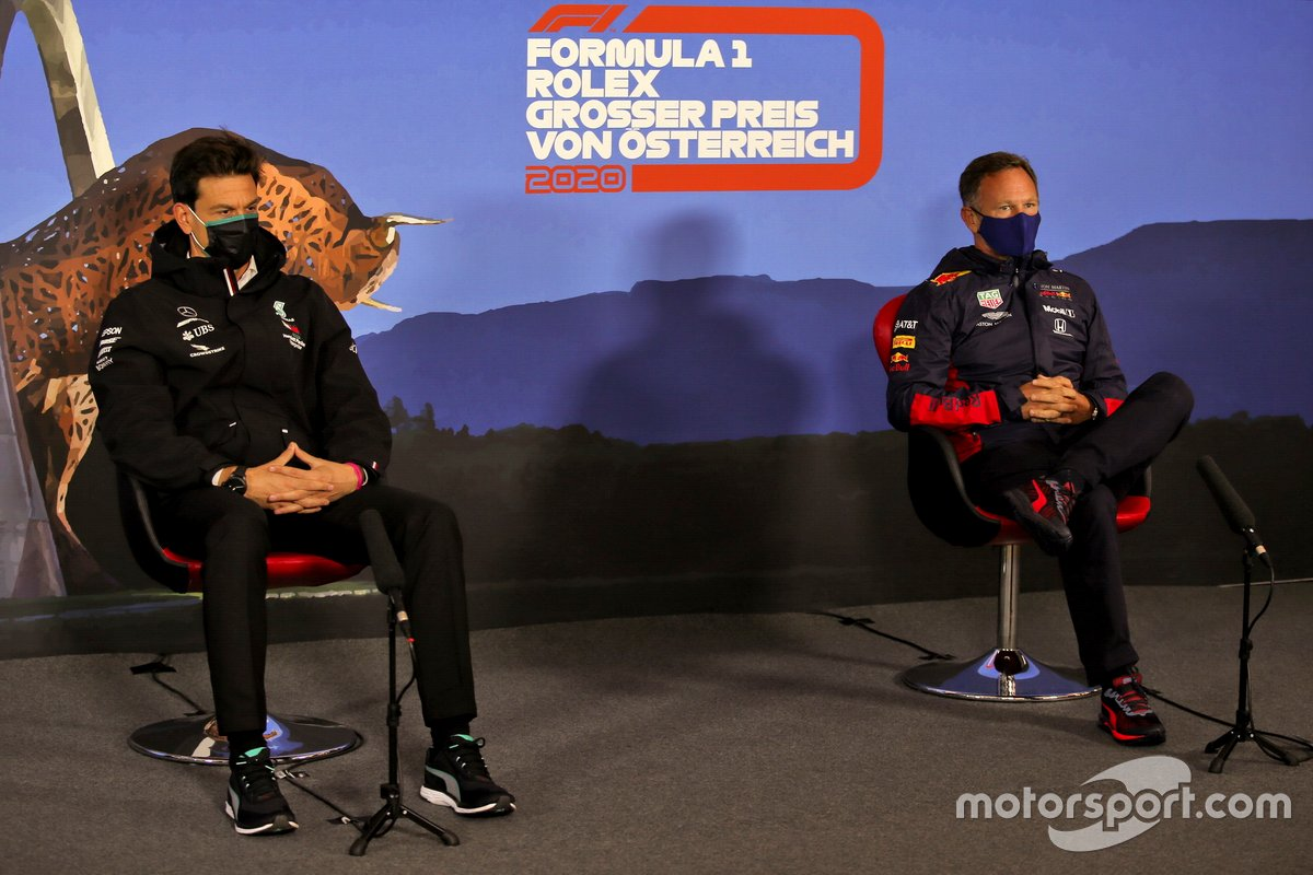 Toto Wolff, Executive Director (Business), Mercedes AMG and Christian Horner, Team Principal, Red Bull Racing in the press conference