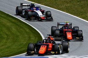 Nobuharu Matsushita, MP Motorsport, leads Felipe Drugovich, MP Motorsport, and Pedro Piquet, Charouz Racing System