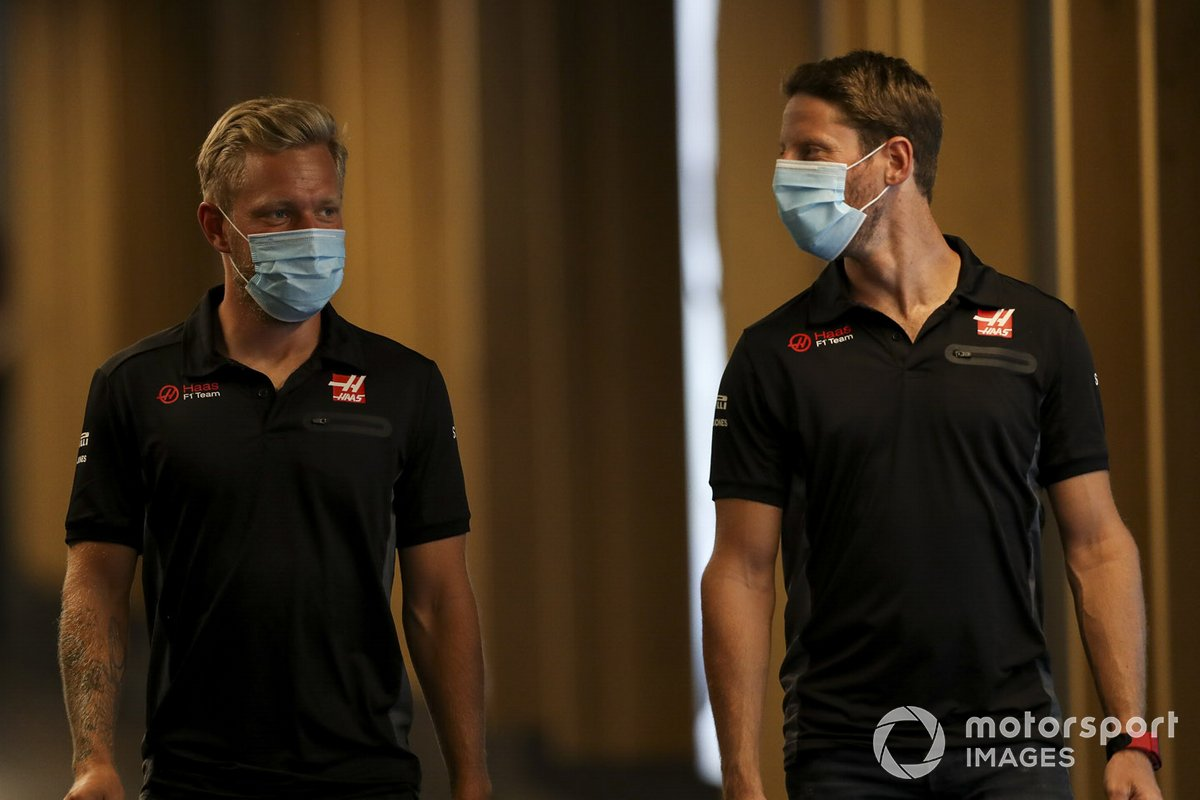 Kevin Magnussen, Haas F1 and Romain Grosjean, Haas F1
