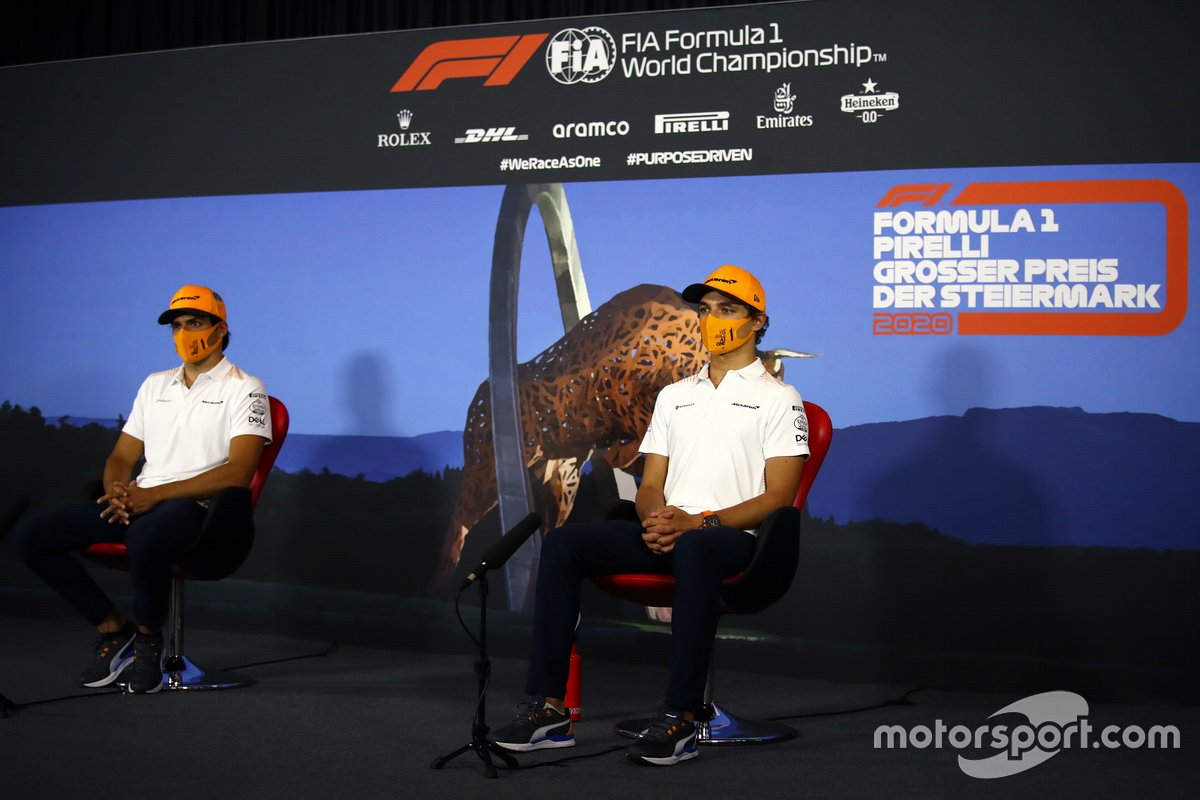 Carlos Sainz Jr., McLaren and Lando Norris, McLaren in the press conference