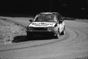 Marian Bublewicz, Ryszard Żyszkowski, Mazda 323 4WD