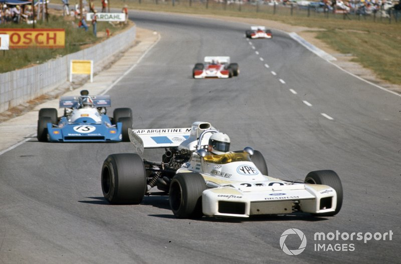 Carlos Reutemann, Brabham BT34 Ford y Chris Amon, Matra MS120C