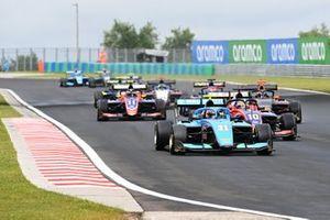Federico Malvestiti, Jenzer Motorsport, leads Lirim Zendeli, Trident