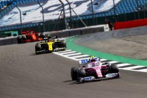 Lance Stroll, Racing Point RP20, Esteban Ocon, Renault F1 Team R.S.20, et Sebastian Vettel, Ferrari SF1000