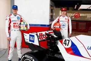Mick Schumacher, Haas F1 and Nikita Mazepin, Haas F1