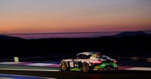 #54 Dinamic Motorsport Porsche 911 GT3-R: Sven Müller, Christian Engelhart, Matteo Cairoli