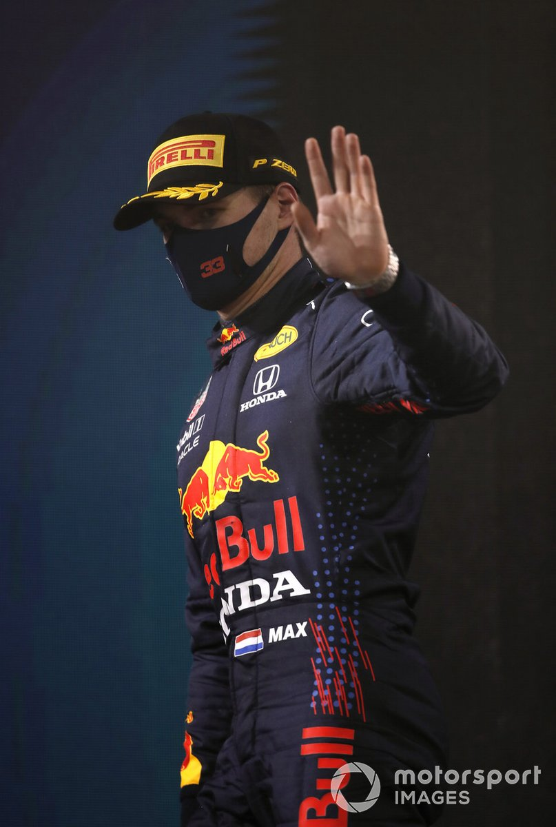 3 ° posto Valtteri Bottas, Mercedes W12 sul podio