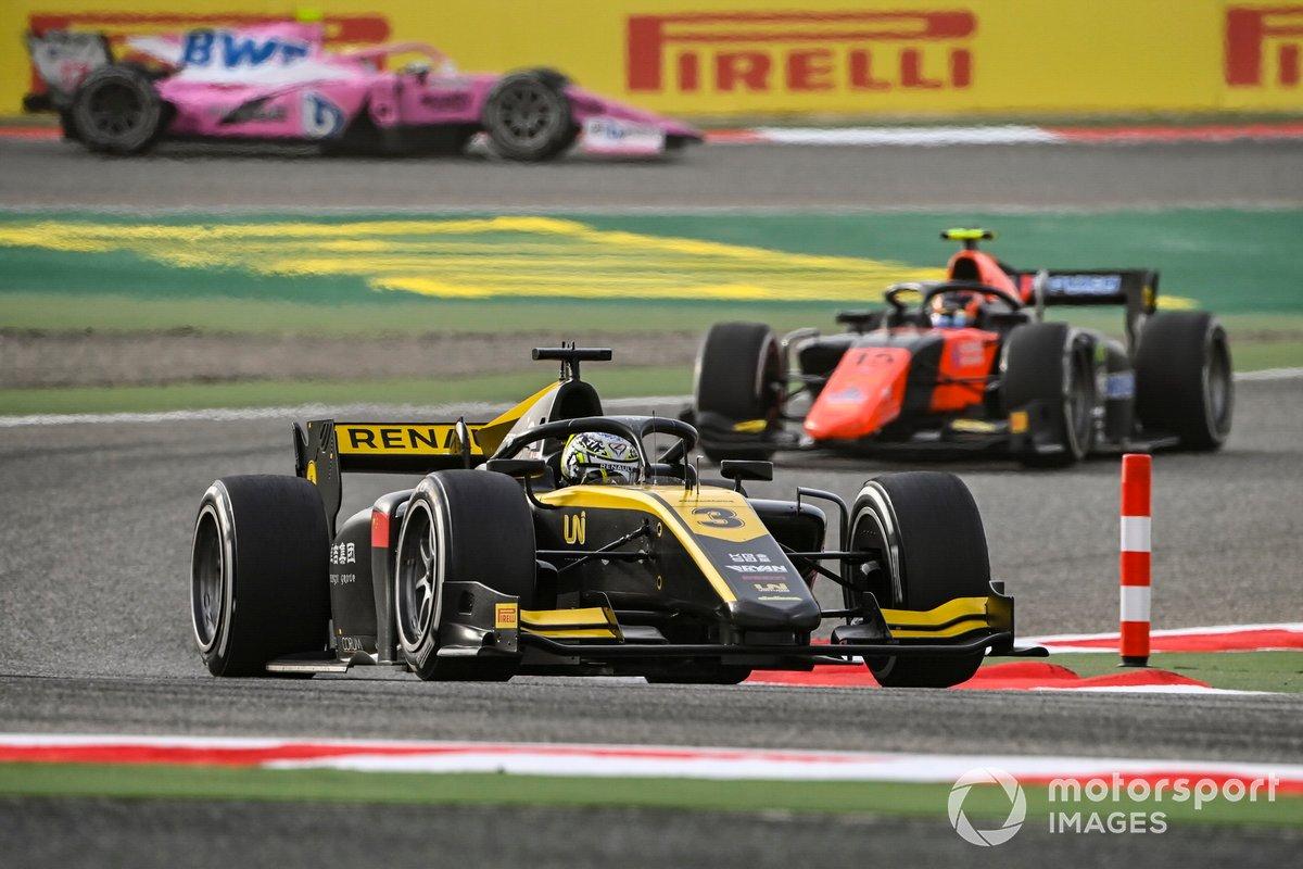 Guanyu Zhou, UNI-Virtuosi precede Felipe Drugovich, MP Motorsport