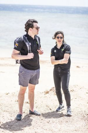 Jamie Chadwick, Veloce Racing, with a member of the Veloce Racing team