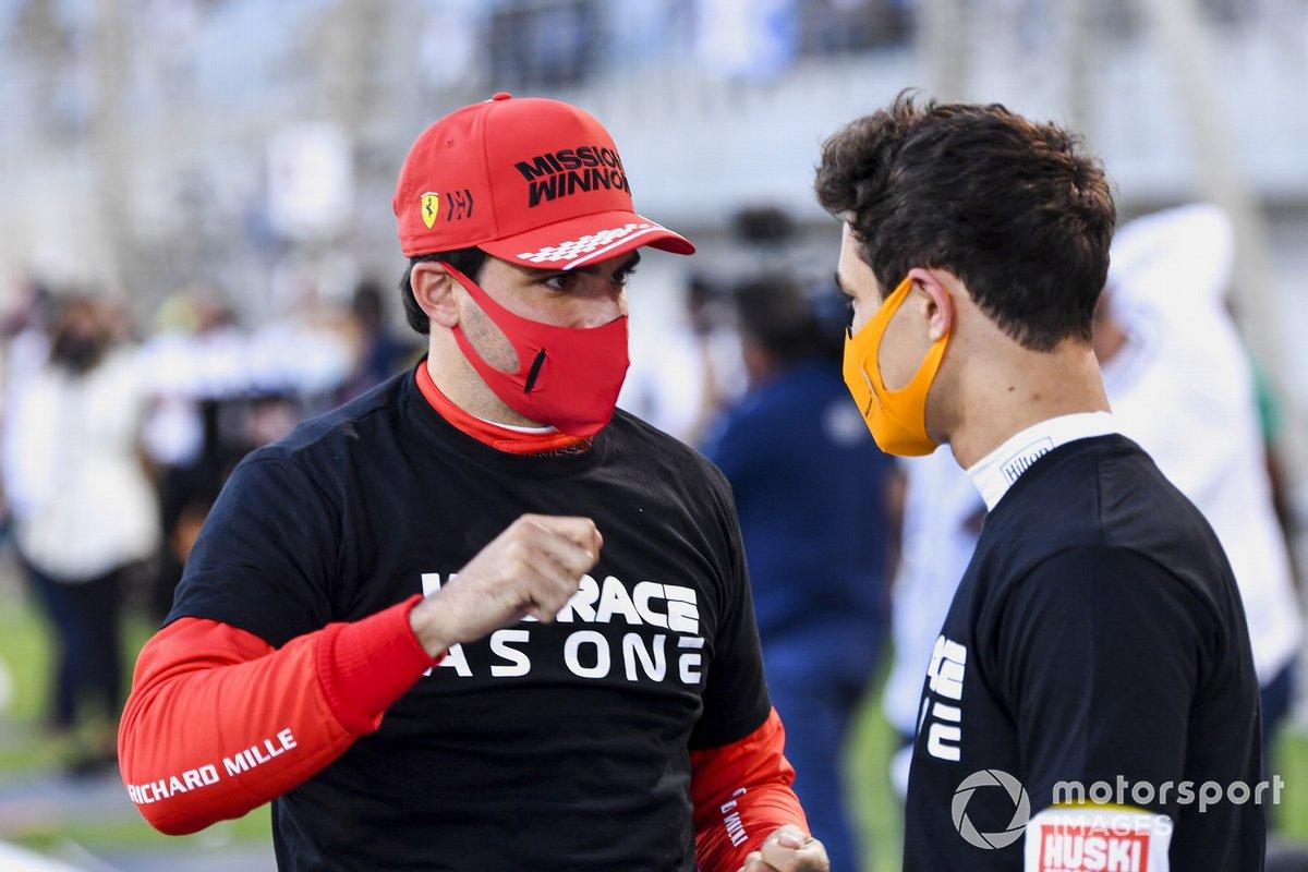 Carlos Sainz Jr., Ferrari, Lando Norris, McLaren