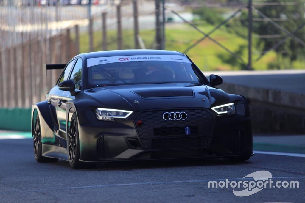 Teste de carro da Audi para TCR South America