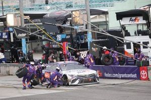 Denny Hamlin, Joe Gibbs Racing, Toyota Camry FedEx Small Business Grant Contest