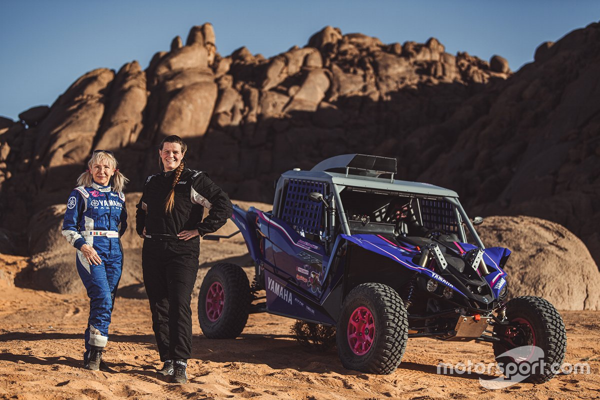 #391 Annett Fischer, Camelia Liparoti, X-raid Yamaha Racing Rally Supported Team