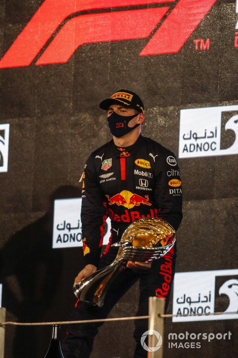 Podio: ganador de la carrera Max Verstappen, Red Bull Racing