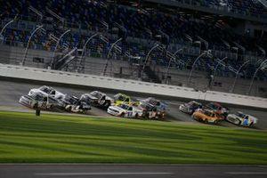 Christian Eckes, ThorSport Racing, Toyota Tundra, Sheldon Creed, GMS Racing, Chevrolet Silverado, John Hunter Nemechek, Kyle Busch Motorsports, Toyota Tundra Mobil 1