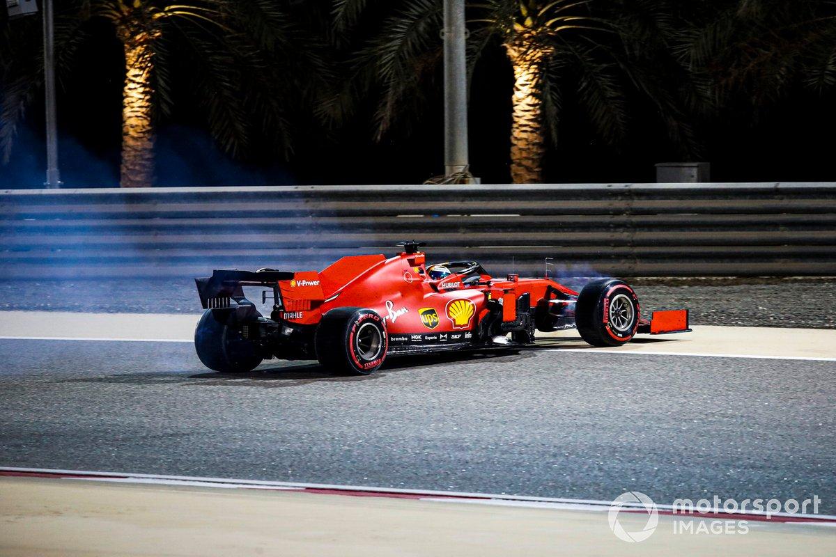 Sebastian Vettel, Ferrari SF1000 nella sabbia