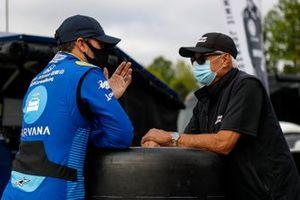 Jimmie Johnson, Chip Ganassi Racing Honda talks with Rick Mears