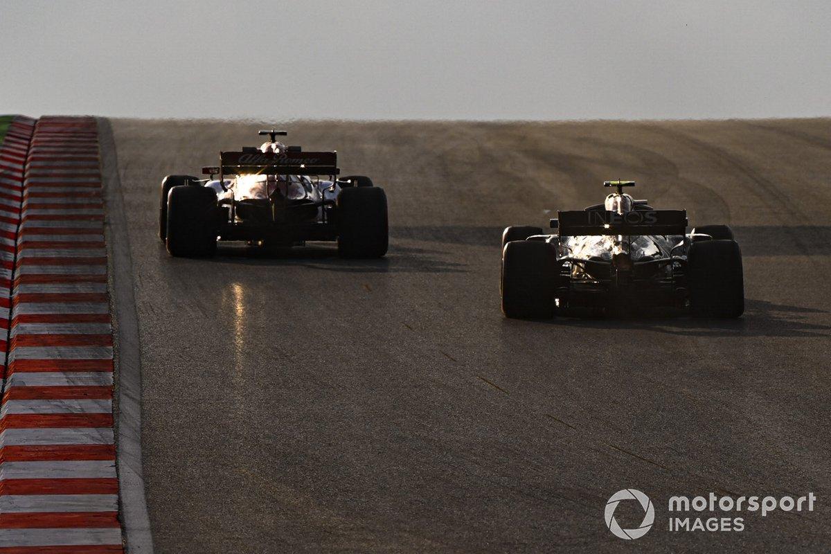 Кими Райкконен, Alfa Romeo C39, Валттери Боттас, Mercedes F1 W11