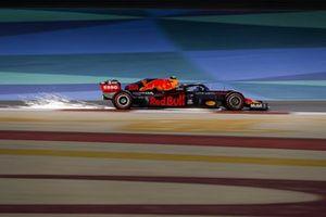 Alex Albon, Red Bull Racing RB16, kicks up some sparks