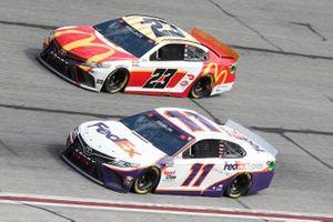 Denny Hamlin, Joe Gibbs Racing, Toyota Camry FedEx Express, Bubba Wallace, 23XI Racing, Toyota Camry McDonalds