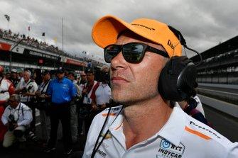 Fernando Alonso, McLaren Racing Chevrolet crew