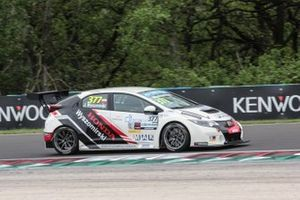 Jakub Wyszomirski, Honda Civic Type-R TCR