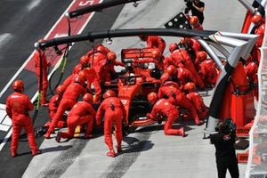 Sebastian Vettel, Ferrari SF90, in the pits