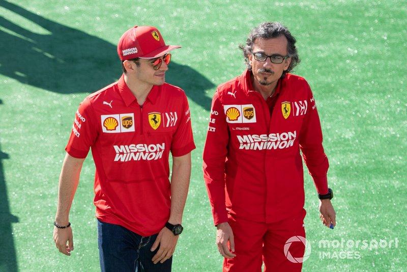 Charle Leclerc con Laurent Mekies, direttore sportivo Ferrari