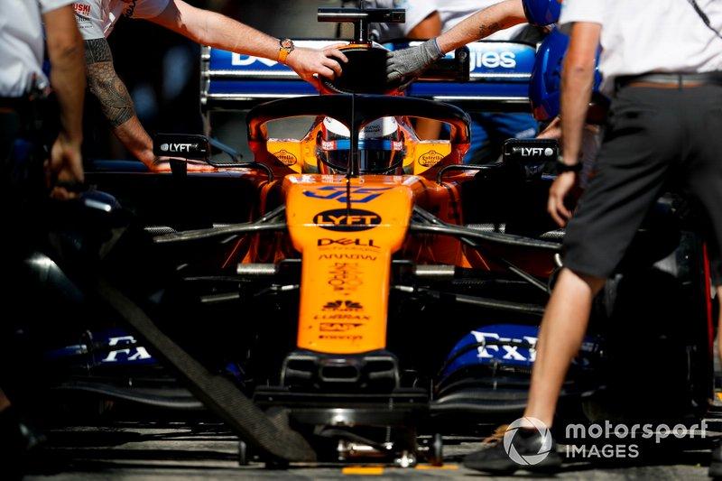 19. Карлос Сайнс (McLaren) – 1:13,601 (гонщик получил штраф в виде старта с последней позиции за внеплановую замену элементов силовой установки)